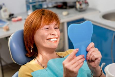 Implant dentaire : le sourire retrouvé