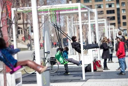 Les 21 balançoires musicales à Montréal