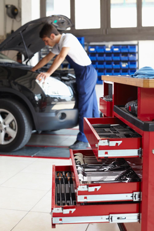 Mobilier garage professionnel